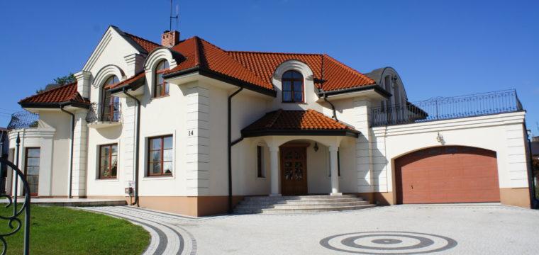 Galeria: Dom klasyczny zlat dziewięćdziesiątych