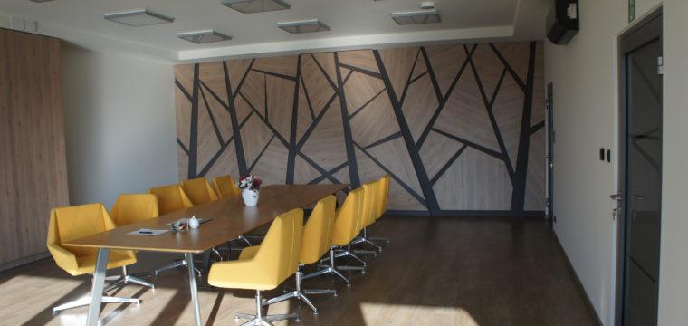 Galeria: Biurowiec rozlewni oleju