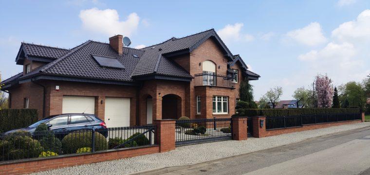 Galeria: Dom klasyczny zklinkieru